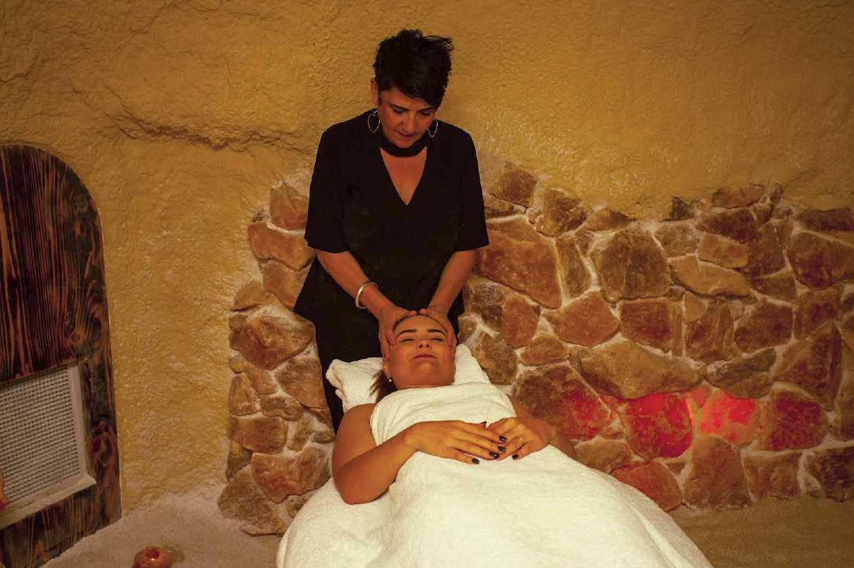 Massage Salt Caves